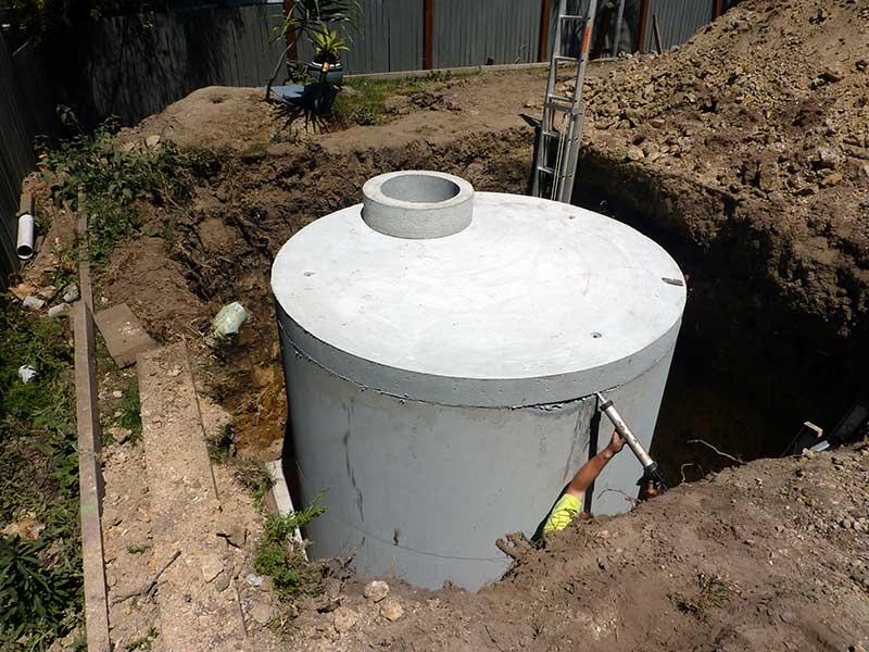 austaliantanks-residential-concrete-tanks-installation2
